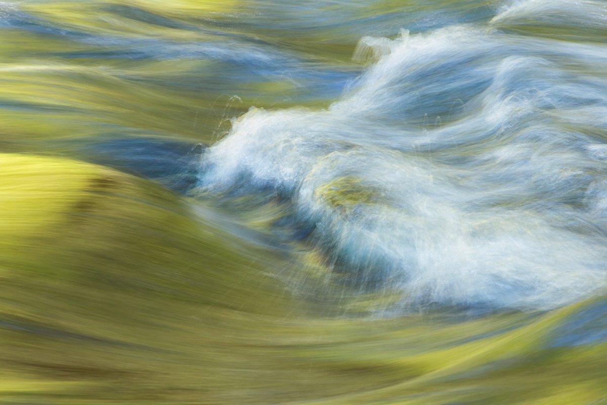 flowing creek waters